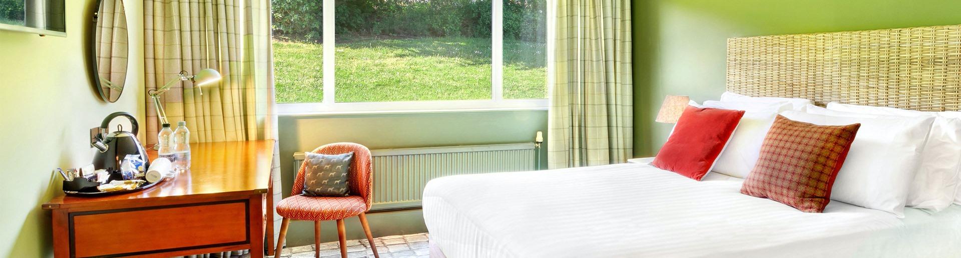 Huddersfield themed bedroom