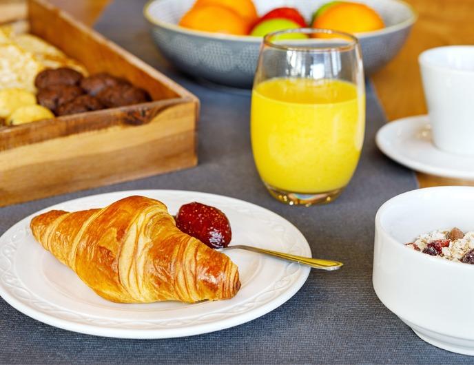 Bradford hotel breakfast buffet