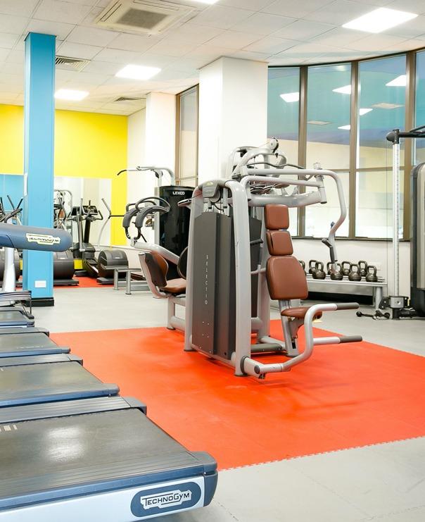 <Bradford gym machines