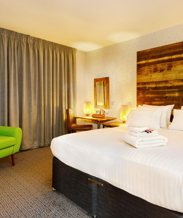 <Cedar Court Hotels Bradford standard double bedroom