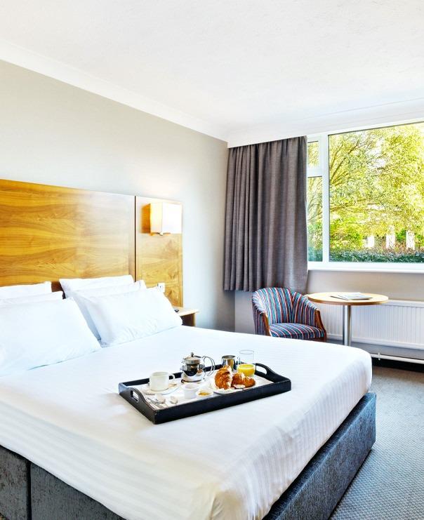 <Double bedroom