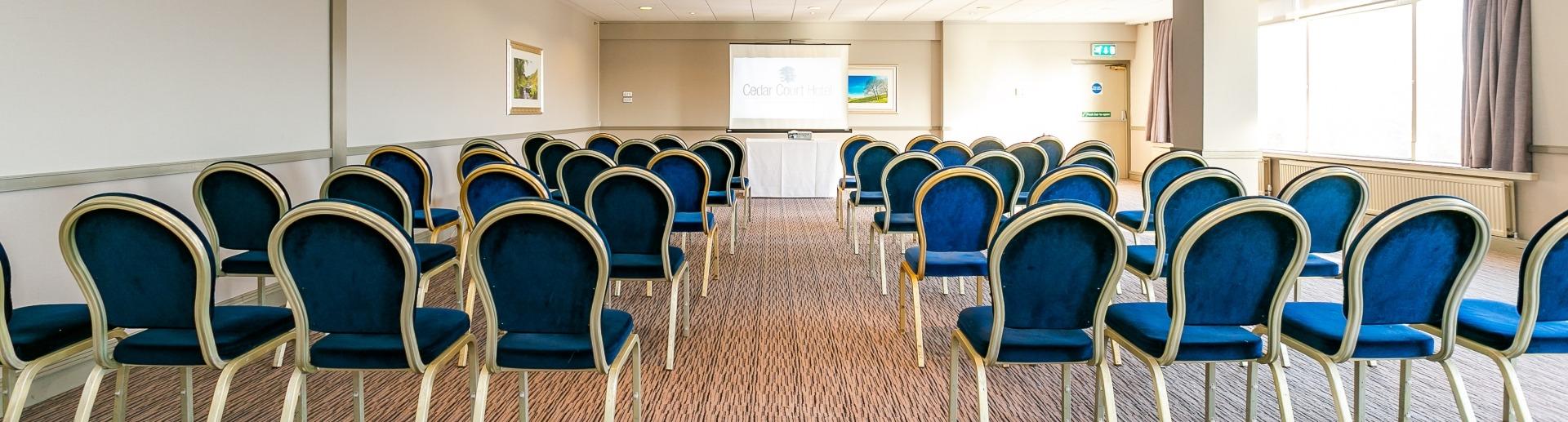 Cedar Court Huddersfield meeting room